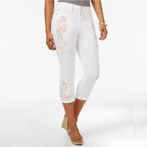 BuffaloIvy Embroidered Skinny Capri Jeans 29